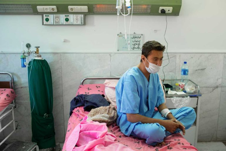 Ghaffar is in the hospital, in the kidney transplant ward, to make some check up. Iran, November 2014.