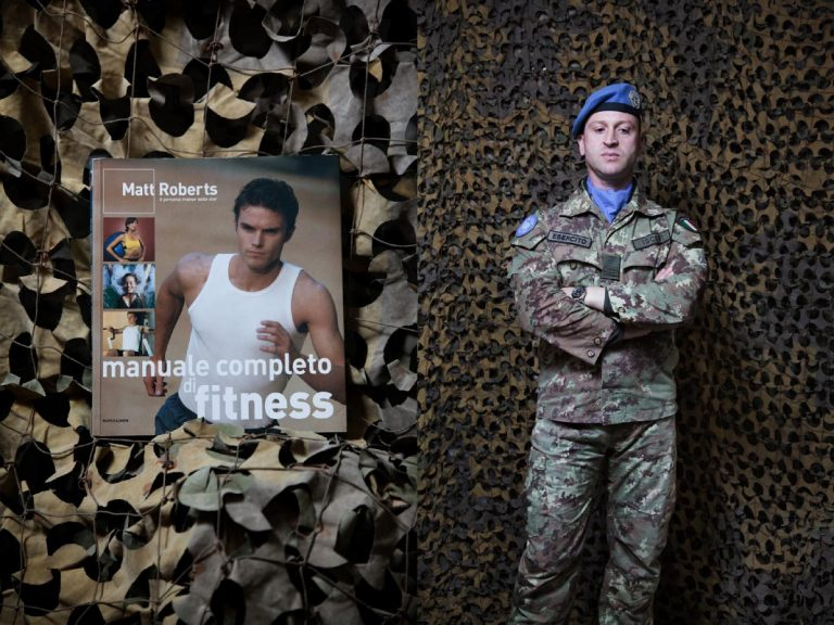 """Warrant Officer Gianluca Iscieri. I go to the gym every day, it's my favorite hobby, especially here in Lebanon. If I had not been in the army I would have liked to be a personal trainer. Both sport that reading are useful to escape. I recently read """"Un giorno in più"""" by Fabio Volo, I liked it because it shows how coincidence can change the life."""